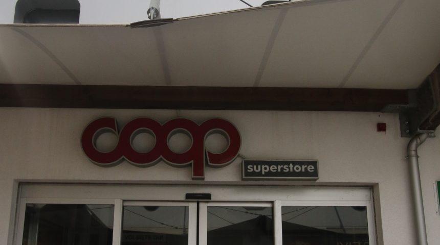Coop Molo8 8.44 shopping center