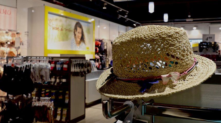 Takko Molo 8.44 shopping center