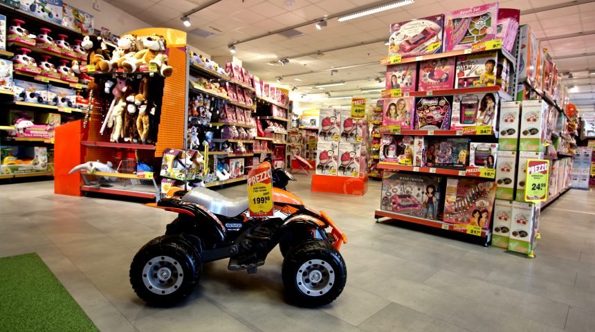 Toys Molo 8.44 shopping center