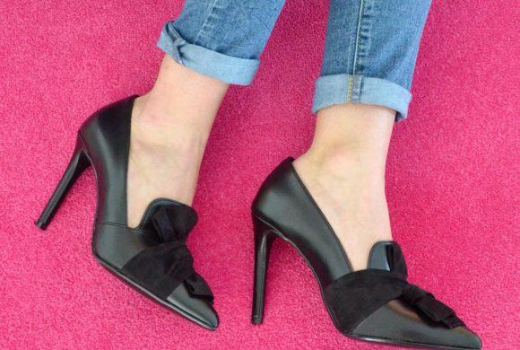 Ecco la nuova tendenza di stagione per le scarpe femminili!