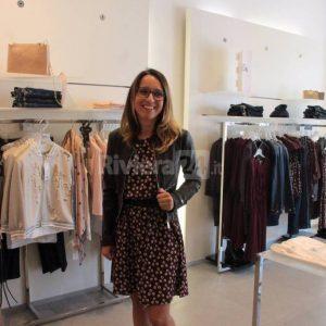 """#shoppingexperience: Vuoi scoprire gli outfit più trendy per l'autunno? Lasciati ispirare dalla collezione di Motivi """"Molo 8.44"""""""