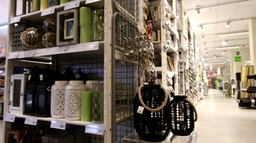 Casa Molo 8.44 shopping center